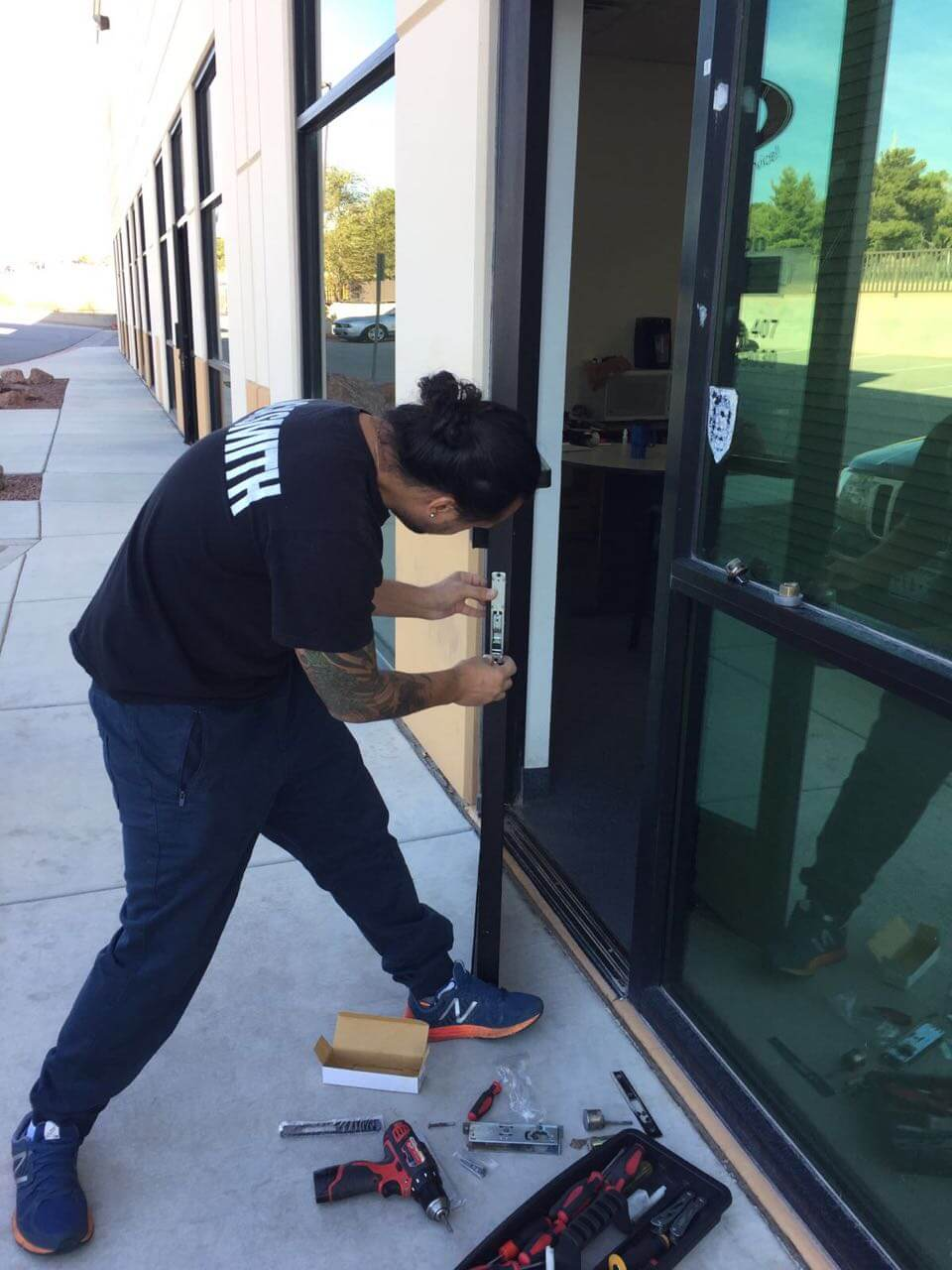 commercial locksmith las vegas